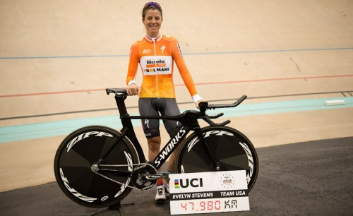 Evelyn Stevens, UCI Hour record